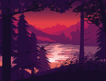 Предпосылка ландшафта с рекой, лесом и горами Стоковая Фотография