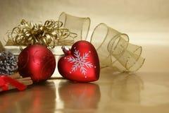 Предпосылка безделушки сердца рождества стоковое изображение