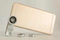 Предпосылка белизны мобильного телефона макроса Fisheye установленная Стоковые Фото