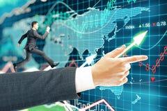 Предпосылка валют бизнесмена идущая Стоковая Фотография