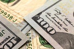 Предпосылка денег долларовых банкнот США 100 Стоковые Фотографии RF