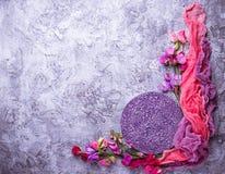 Предпосылка лета флористическая с красочным цветком Стоковая Фотография RF