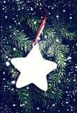 Предпосылка ели рождества с украшением Винтажная рамка fr Стоковое Изображение