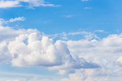 1 предпосылка заволакивает пасмурное небо Стоковое фото RF