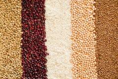Предпосылка зерна и фасолей Взгляд сверху Стоковое Фото