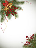 Предпосылка зимы с границей, колоколами и ягодами ветви ели Стоковые Изображения