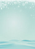 Предпосылка зимы с снегом и снежинкой Стоковое Изображение