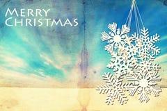 Предпосылка зимы Grunge с большими снежинками Стоковые Фотографии RF