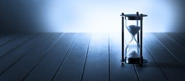 Предпосылка знамени времени часов