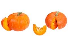 предпосылка изолировала белизну тыквы Свежие и оранжевые тыквы Стоковые Изображения RF