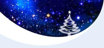 Предпосылка и ель ночного неба рождества Стоковые Изображения RF