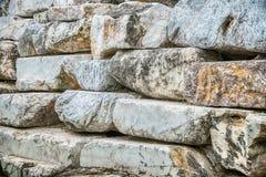 Предпосылка и текстура от стены сделанной больших камней Стоковая Фотография RF
