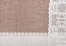 Предпосылка мешковины с кружевной и linen тканью Стоковые Изображения