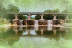 Предпосылка моста и водопадов Стоковое фото RF