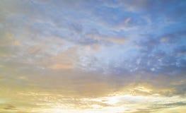Предпосылка неба захода солнца Стоковые Фотографии RF