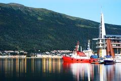 Предпосылка Норвегии отражений воды вечера Стоковое Изображение