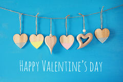 Предпосылка дня Валентайн Сердца на деревянной предпосылке Стоковая Фотография