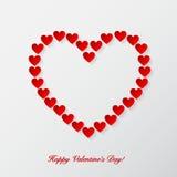 Предпосылка дня валентинок с бумажными сердцами. Стоковые Изображения RF