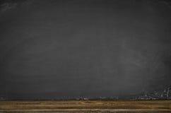 Предпосылка доски пустая Черная рамка классн классного с космосом экземпляра Стоковое Изображение