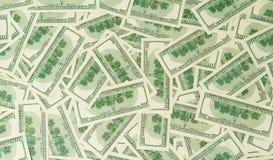 Предпосылка от разбросанных банкнот доллара как абстрактный безшовный Стоковые Фото