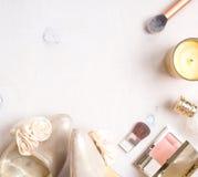Предпосылка очарования шикарная женственная косметическая Стоковые Фотографии RF