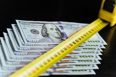 Предпосылка 100 долларовых банкнот Стоковое фото RF