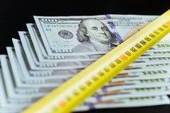 Предпосылка 100 долларовых банкнот Стоковое Фото