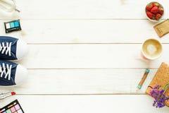 Предпосылка подростка, молодой женщины или девушки Космос для текста Стоковое Фото