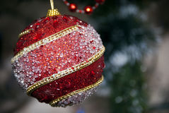 Предпосылка праздника рождества красная мечтательная с украшениями стоковое изображение rf