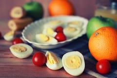 Предпосылка плодоовощ завтрака яичка деревянная Стоковая Фотография RF
