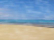 Предпосылка пляжа моря перемещения запачканная ярлыком Стоковая Фотография RF