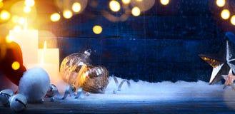 Предпосылка Рожденственской ночи искусства; праздники свет и оформление рождества стоковое фото