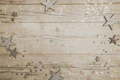 Предпосылка рождества серая деревянная с украшением Стоковое фото RF