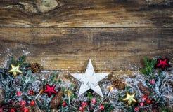 Предпосылка рождества с белой деревянной звездой Стоковая Фотография