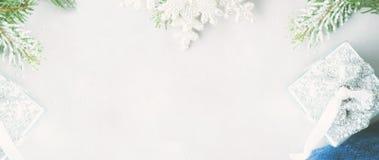 Предпосылка рождества с ветвями ели знамена Стоковая Фотография RF