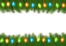 Предпосылка рождества с красочными гирляндой и елью разветвляет Стоковые Изображения RF