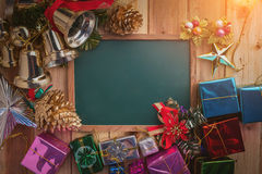 Предпосылка рождества с праздничным украшает объекты jpg Стоковые Изображения