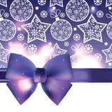 Предпосылка рождества с фиолетовым смычком Стоковое Изображение RF