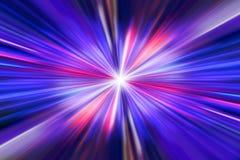 Предпосылка световых лучей красного света на предпосылке темноты - красной и голубой Стоковые Фотографии RF