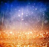 Предпосылка светов года сбора винограда яркого блеска с взрывом света серебр, синь и белизна де-сфокусированный стоковые изображения rf