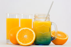 Предпосылка серого цвета апельсинового сока Стоковые Фото