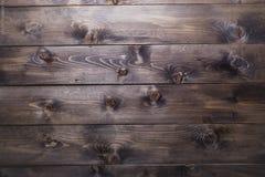Предпосылка сосны темного коричневого цвета деревянная Стоковое фото RF