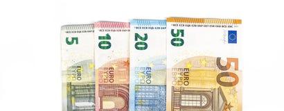 Предпосылка счетов банкнот евро валюты Европейского союза евро 2, 10, 20 и 50 Экономика богачей успеха концепции На белой предпос Стоковое Изображение
