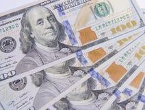 Предпосылка с американцом денег 100 счетов доллара Стоковое Изображение