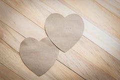 Предпосылка с деревянными сердцами Стоковые Фотографии RF