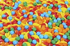 Предпосылка сделанная из цветастой конфеты Стоковое Фото