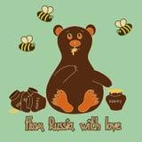 Предпосылка с медведем и пчелами Стоковое Изображение RF