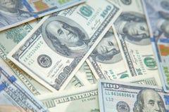 Предпосылка с долларовыми банкнотами американца 100 денег закрывает вверх Стоковое Изображение