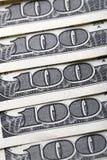 Предпосылка с долларовыми банкнотами американца 100 денег Стоковое Фото