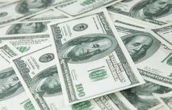 Предпосылка с долларовыми банкнотами 2 американца 100 денег Стоковые Изображения